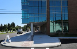 Socha Plaza